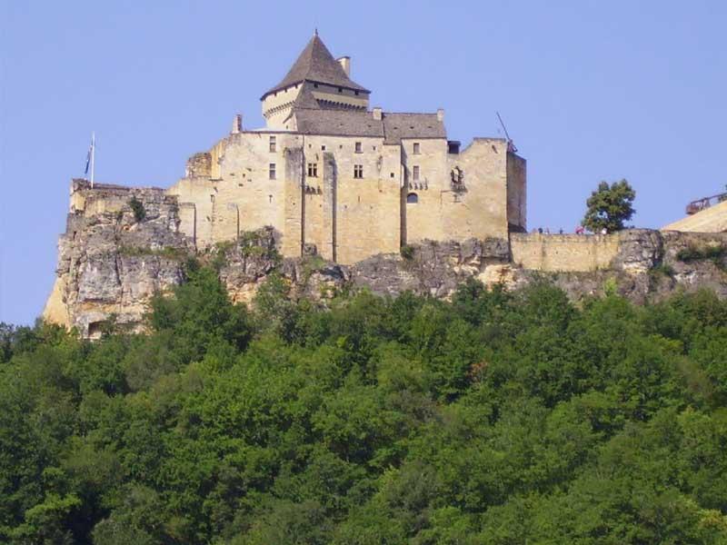 walking tours Dordogne